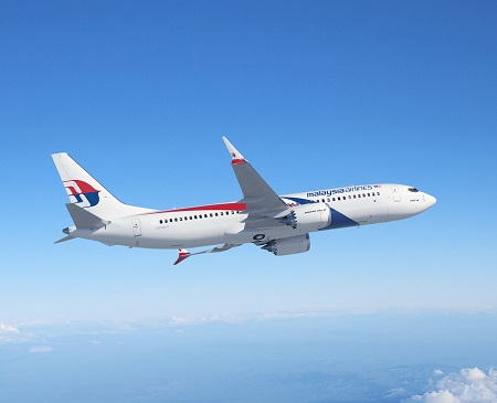 737-8Max; Malaysia Airlines; Flying above clouds;Artisitic Rendering; view from lower right side; slight banking turn to left; Sunny Weather; K66558