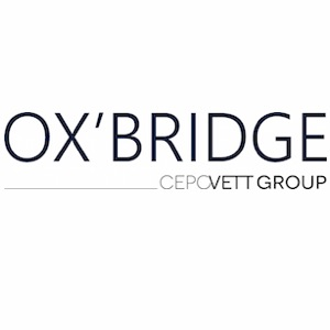 Ox'bridge - Aerial dressing room and French chic