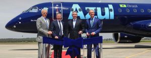 Embraer Delivers its First E195-E2 to AerCap and Azul